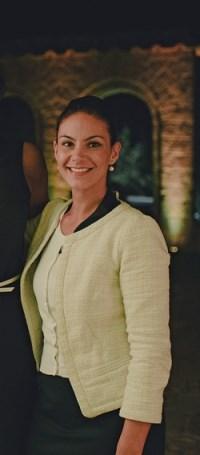 Valeria Tuveri (200 x 455)
