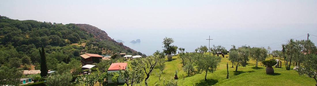 agriturismo sorrento uitzicht zee bergen tuin